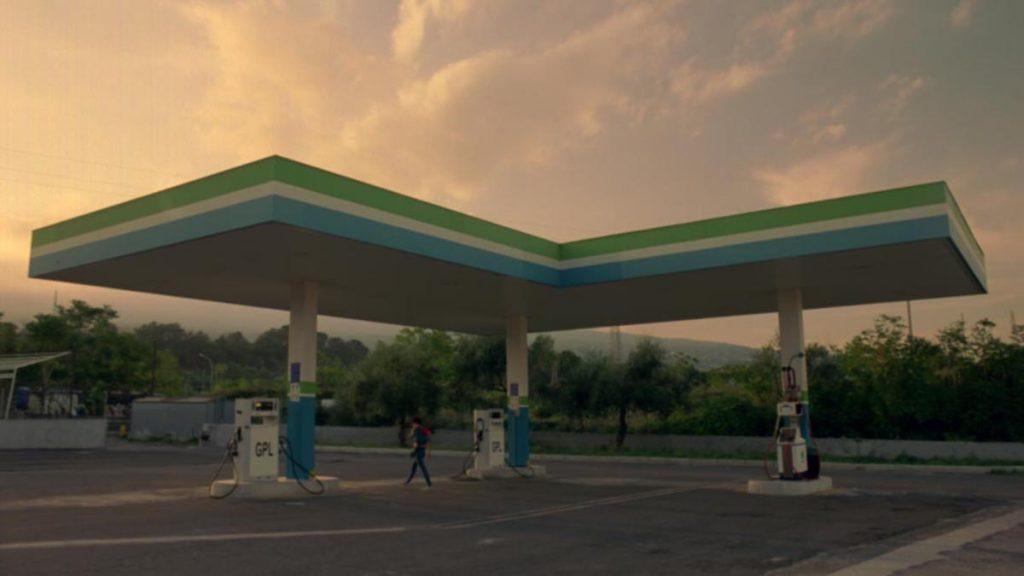 Fotogramma di Gas Station